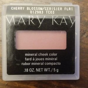 Mary Kay mineral cheek color Cherry Blossom